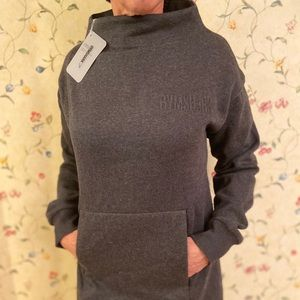 Gym shark crew neck sweatshirt
